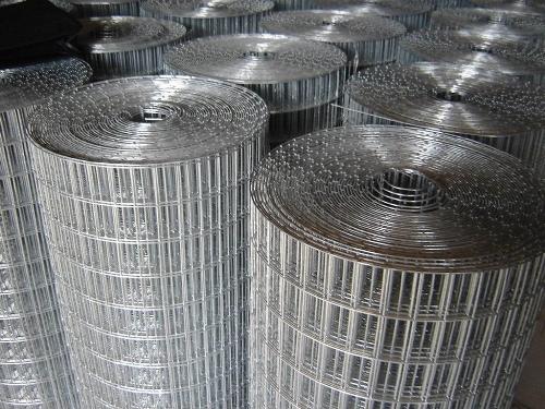 Steel Weld Mesh Rolls   Heavy Gauge Galvanised Fencing